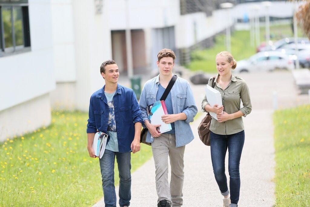 Azubi Schülerausweis - viele Vergünstigungen möglich