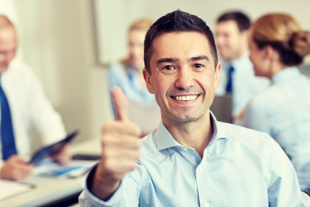 Azubi ans Unternehmen binden - ein guter Arbeitgeber sein