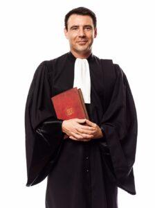Gegen Abmahnung vorgehen - Anwalt zu Rate ziehen